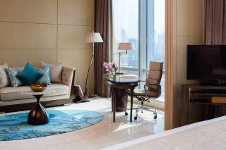 Raffles Room - Living Room