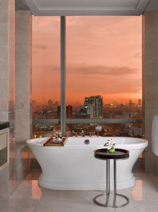 Gallery Suite - Bathroom