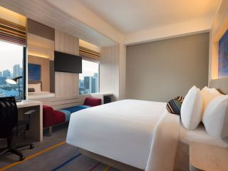 Aloft King Room with city view. Room size 28 sqm. All non-smoking rooms.