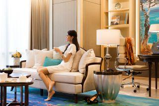Artist Suite - Living Room