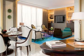 Gallery Suite - Living Room