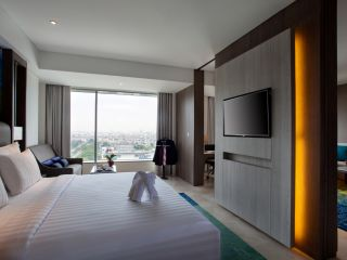 Executive Suite with 1 King Size Bed